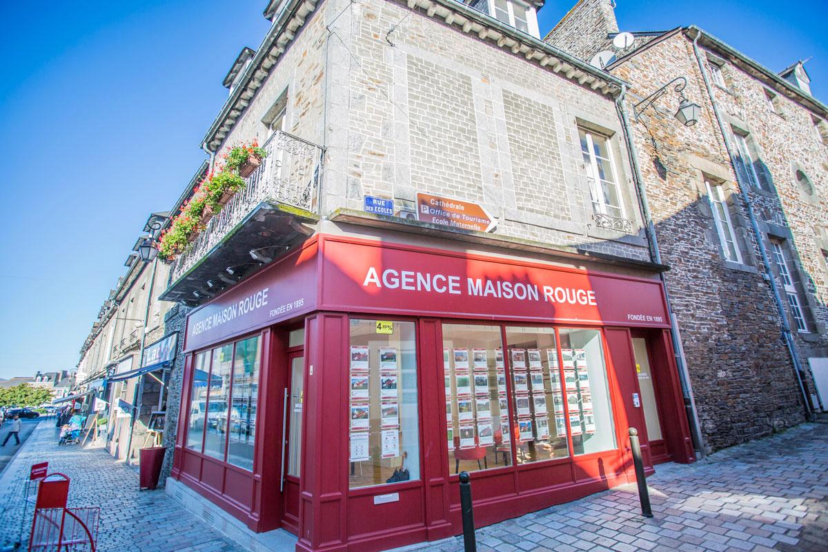 Rénovation d'une agence immobilière à Dol-de-Bretagne
